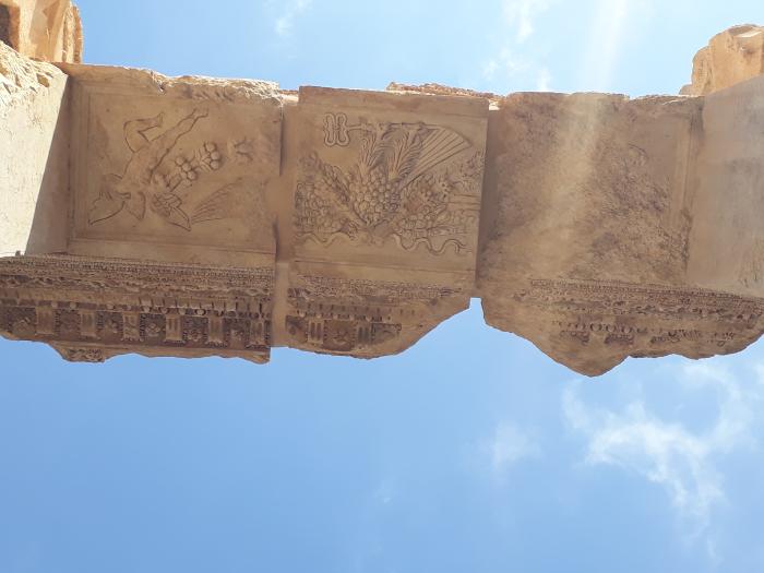 Baalbeck ruine in superbul cer mediteranean